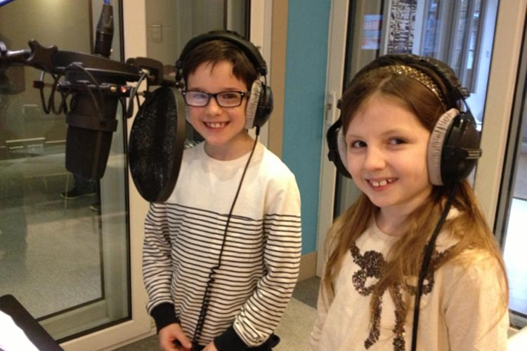 how to become a voice over artist uk