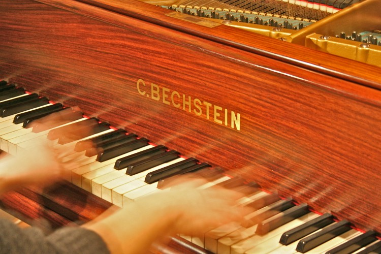 'Grand-Piano-Bechstein-studio'
